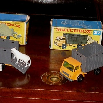 Matchbox 37 Dodge Cattle Trucks