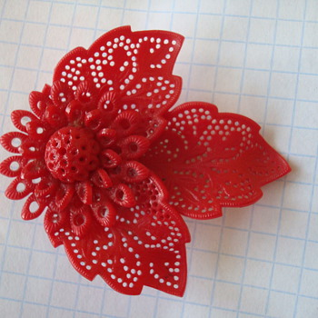 Red Flower Plastic (?) Dress/Fur Pin - Costume Jewelry