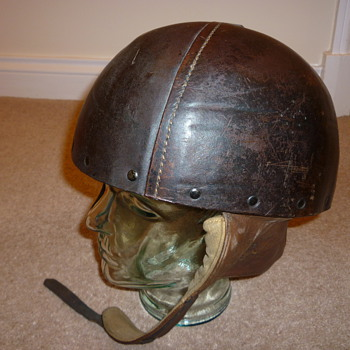 British WW11 Leather Dispatch Riders helmet - Military and Wartime