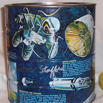 1969 Coca Cola Foods Division Coffee Signed by Astronauts - Military and Wartime