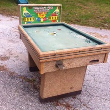 Hooligan Pool Table