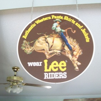Lee Riders sign - Signs