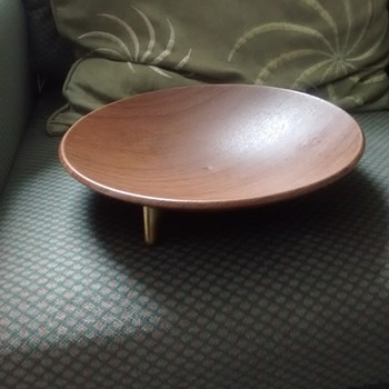 Ianthe Sputnic fruit bowl with the original sticker, teak effect but its aluminum and from the early 70s