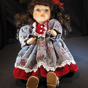 Collectors Choice Dan Dee Doll? - Dolls