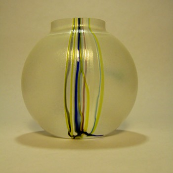 BERTIL VALLIEN FOR BODA-SWEDEN - Art Glass