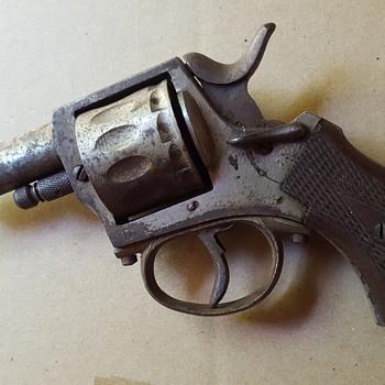 Old 12 cylinder cap gun.
