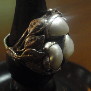Arts & Crafts Pearl Ring