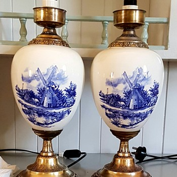 My lovely possible Delft lamps