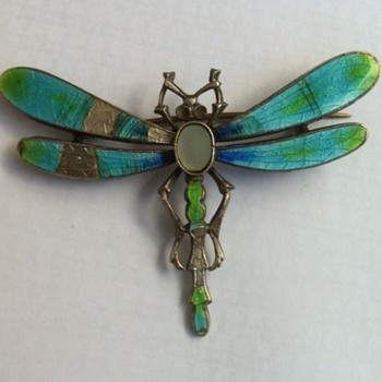 Enamel dragonfly brooch restore project.