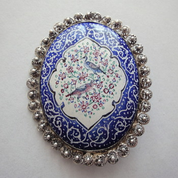 Handmade enameled Persian pin brooch (Quajar Dynasty) set in Silver  - Fine Jewelry