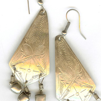 Vintage Repousse Silver Dangle Earrings