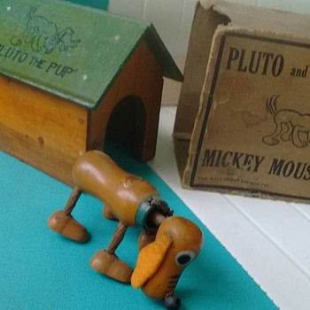 1930's Pluto & dog house with original box !