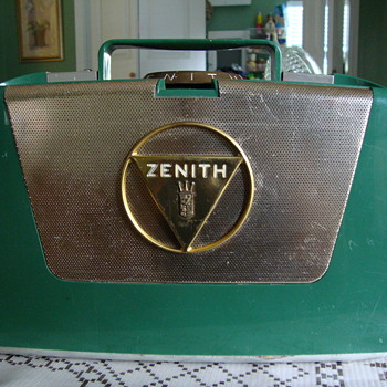 Zenith Wave Magnet M505 - Radios