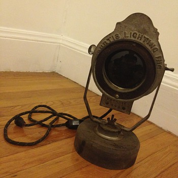 Curtis Lighting Co - Chicago Made in USA Deco Lighting Lamp - Art Deco