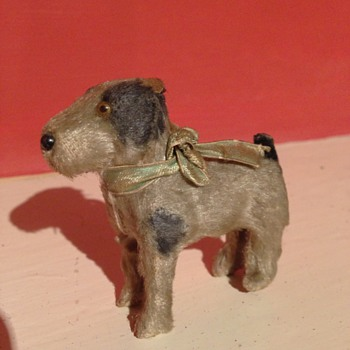 A old tiny little dog &quot;3 Inches high&quot;