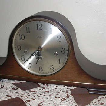Old clocks - Clocks