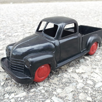Irwin Toys Plastic Chevrolet pickup - Model Cars