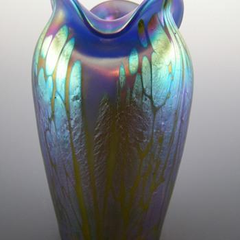 Loetz Phänomen Genre 2/484 Blue Opal Medici ca. 1902