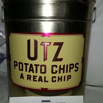 UTZ POTATO CHIPS... A REAL CHIP OF HANOVER, PA