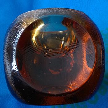Amber Glass ?? help! (Murano Sommerso??)