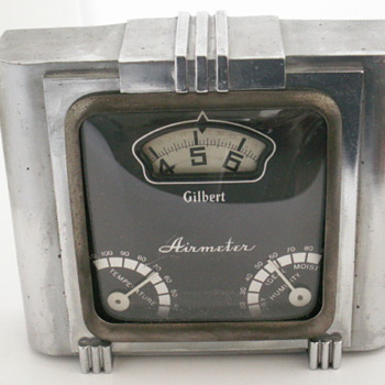 Gilbert Airmeter - Clocks