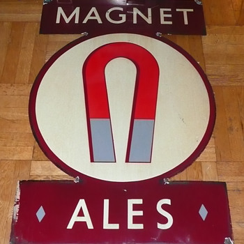 Magnet Ales Sign British - Breweriana