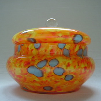 Welz Art Deco Lidded Bowl - Art Glass