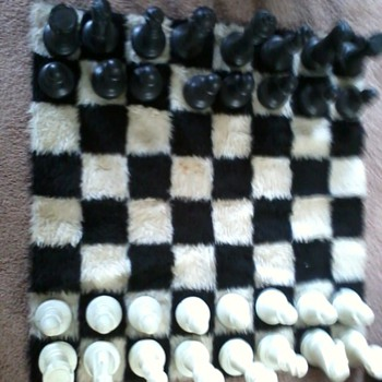 Vintage 1971 Chess set