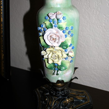 Beautiful porcelain Rose lamp