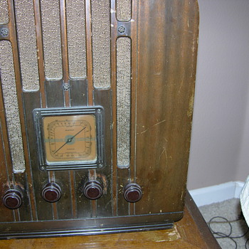 RCA Victor Radio 1934?? Made for GE Not sure of the model - Radios