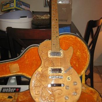 Heerby Guitar - Guitars