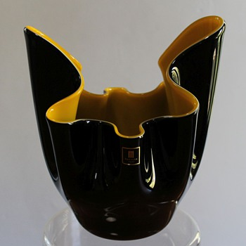 MARTI Glass Japan Bowl - Art Glass