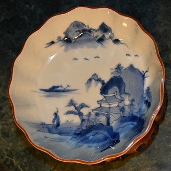 Japanese OLD IMARI porcelain NAMASU plate with good painting of landscape -??