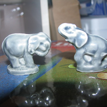Wade Rose Tea Elephants - Animals