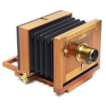 Putnam Marvel Tailboard Camera, 1880s (a fascinating research story)
