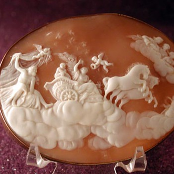 Huge cameo of Aurora - Victorian Era