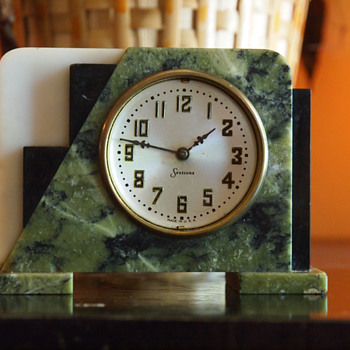 Sessions Mable Art Deco Table clock, 1935-45  - Art Deco