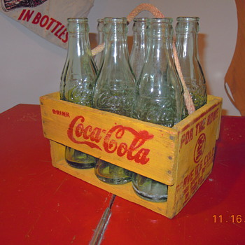 1940&#039;s Coca-Cola Carrier, Six Bottle, Rope Handle