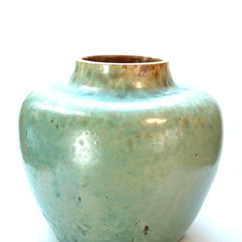 early leon elchinger vase circa 1895