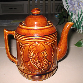 Antique Teapot - Kitchen