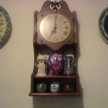 NEW ENGLAND SHELF CLOCK