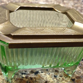 Depression glass slide top ashtray - Glassware