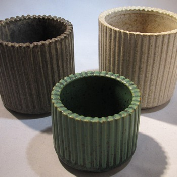 Arne Bang vases  - Art Pottery