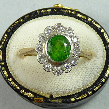 1.6ct Demantoid Garnet and Diamond Ring - Art Deco