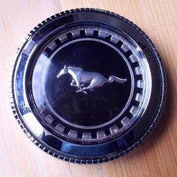 Mustang Hubcap. - Classic Cars