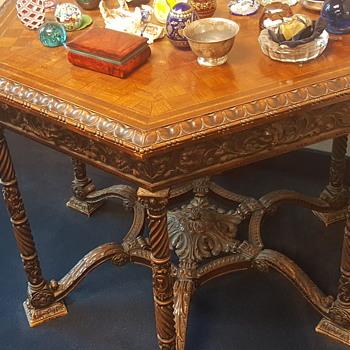 Ornate 6 sided Italian table