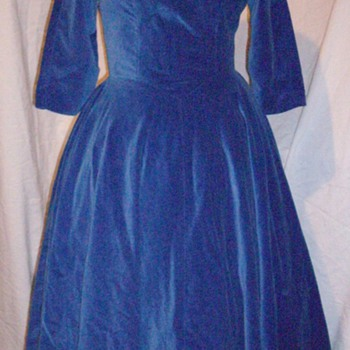 Vintage 1950's blue velvet cocktail dress.