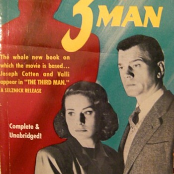 Graham Greene paperbacks - Books