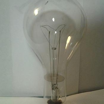 Vintage Bulb - Lamps