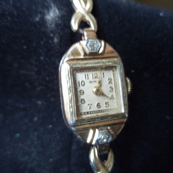 Vintage Bulova 1950's Beverley Style - Wristwatches